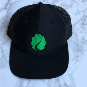Accessories - Hop Valley Brewery trucker hat